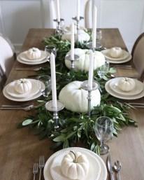 Simple Fall Table Decoration Ideas 48