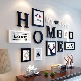 Stunning Living Room Wall Decoration Ideas 23