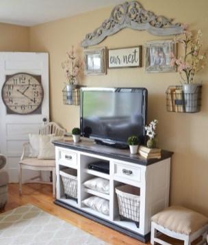 Stunning Living Room Wall Decoration Ideas 48