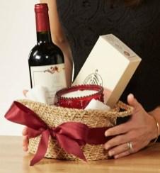 Stylish DIY Wine Gift Baskets Ideas 02