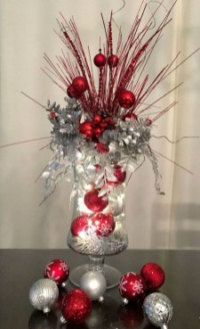 Amazing Christmas Centerpieces Decoration Ideas 16