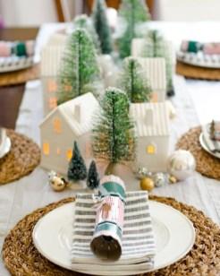 Amazing Christmas Centerpieces Decoration Ideas 38
