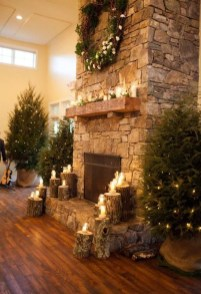 Awesome Fireplace Christmas Decoration To Makes Your Home Keep Warm 38
