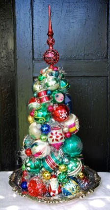 Beautiful Vintage Christmas Decoration Ideas 15