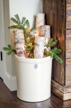 Cozy Rustic Winter Decoration For Your Home 59