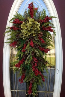 Creative Thanksgiving Front Door Decoration Ideas 20