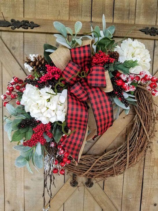 Easy DIY Outdoor Winter Wreath For Your Door 24