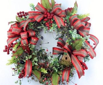 Easy DIY Outdoor Winter Wreath For Your Door 26