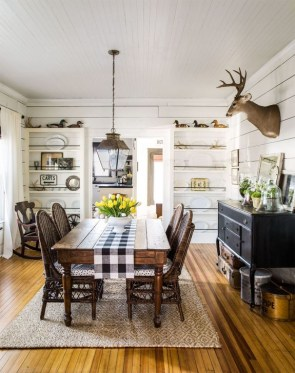 Easy Rustic Farmhouse Dining Room Makeover Ideas 08
