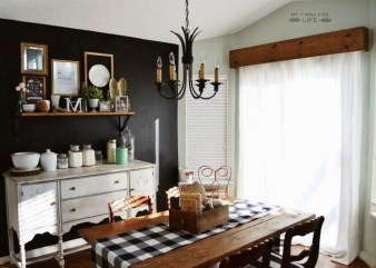 Easy Rustic Farmhouse Dining Room Makeover Ideas 32