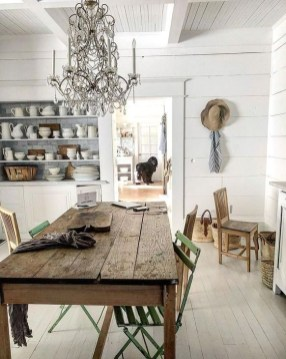 Easy Rustic Farmhouse Dining Room Makeover Ideas 55