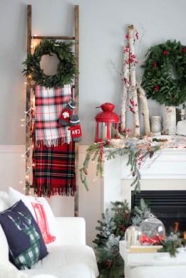 Fabulous Christmas Decoration Ideas For Small House 23