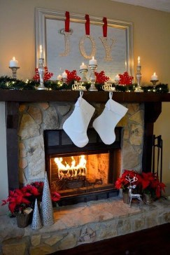 Favorite Mantel Decoration Ideas For Winter 16