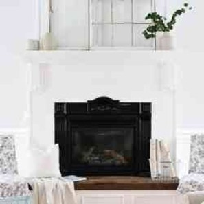 Favorite Mantel Decoration Ideas For Winter 19