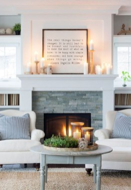 Favorite Mantel Decoration Ideas For Winter 37