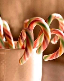 Fun Candy Cane Christmas Decoration Ideas 20