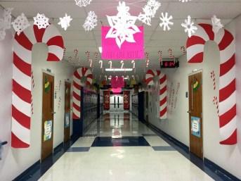 Fun Candy Cane Christmas Decoration Ideas 36
