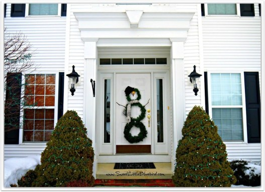 Interesting Snowman Winter Decoration Ideas 07
