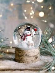 Interesting Snowman Winter Decoration Ideas 19