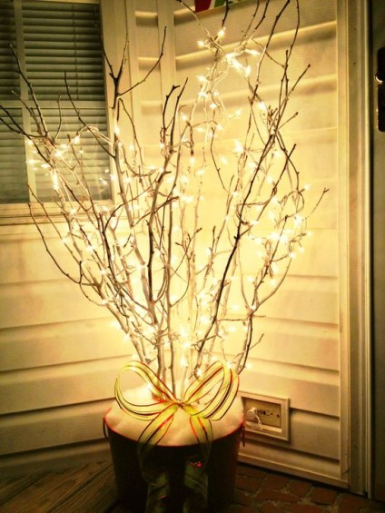 Joyful Front Porch Christmas Decoration Ideas 15