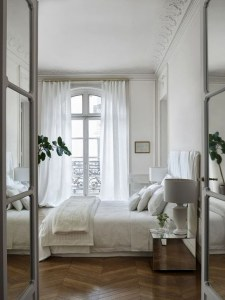 Minimalist But Beautiful White Bedroom Design Ideas 01