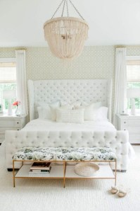 Minimalist But Beautiful White Bedroom Design Ideas 13