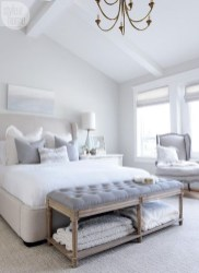 Minimalist But Beautiful White Bedroom Design Ideas 40