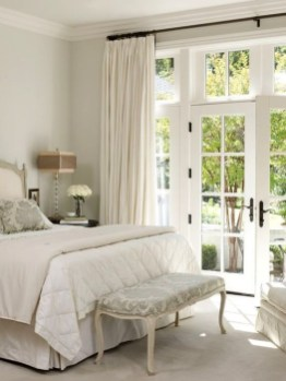 Minimalist But Beautiful White Bedroom Design Ideas 57
