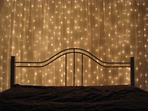 Modern And Romantic Bedroom Lighting Decor Ideas 38