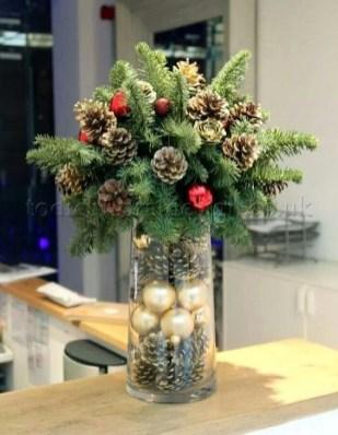 Most Popular Christmas Table Decoration Ideas 23