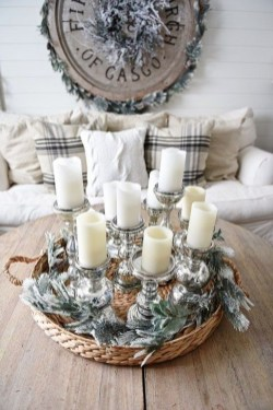 Simple And Easy DIY Winter Decor Ideas For Your Apartment 16