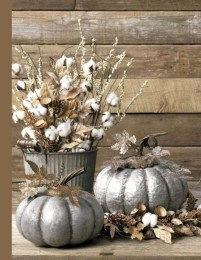Welcoming Christmas Entryway Decoration For Your Home 04
