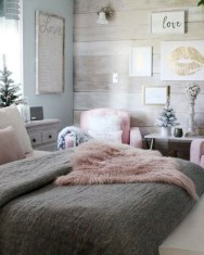 Adorable Bedroom Decoration Ideas For Winter 02