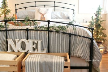 Adorable Bedroom Decoration Ideas For Winter 05