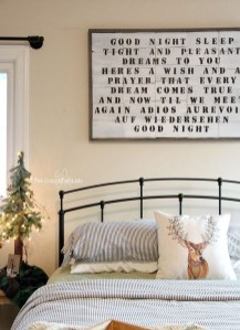 Adorable Bedroom Decoration Ideas For Winter 35