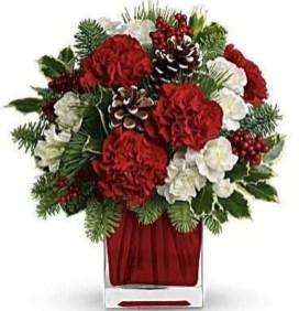 Beautiful Flower Christmas Decoration Ideas 18