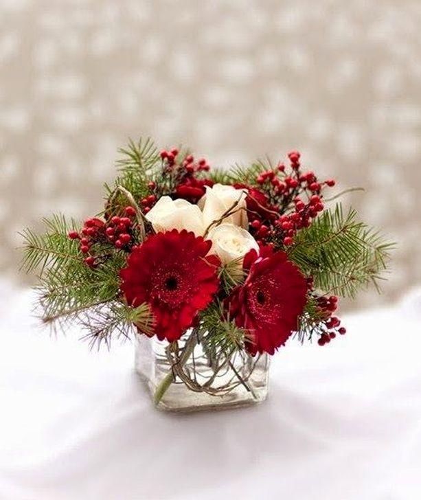 Beautiful Flower Christmas Decoration Ideas 54