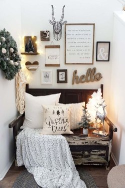 Best Ideas For Apartment Christmas Decoration 09