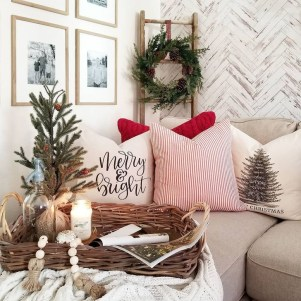 Best Ideas For Apartment Christmas Decoration 10