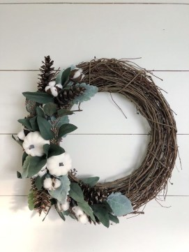 Brilliant DIY Christmas Wearth Decoration Ideas 16