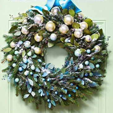 Brilliant DIY Christmas Wearth Decoration Ideas 33