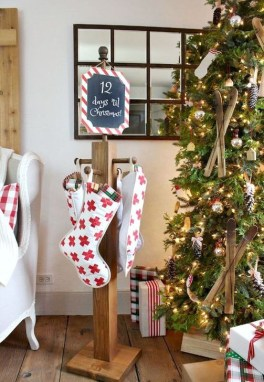 Creative RV Remodel Ideas For Christmas 16