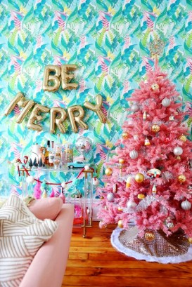 Cute Pink Christmas Tree Decoration Ideas You Will Totally Love 09