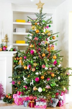 Cute Pink Christmas Tree Decoration Ideas You Will Totally Love 34