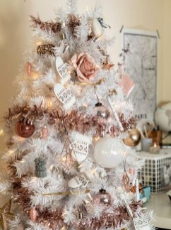 Cute Pink Christmas Tree Decoration Ideas You Will Totally Love 41