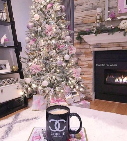 Cute Pink Christmas Tree Decoration Ideas You Will Totally Love 52