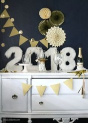 Easy DIY New Years Eve Party Decor Ideas 11