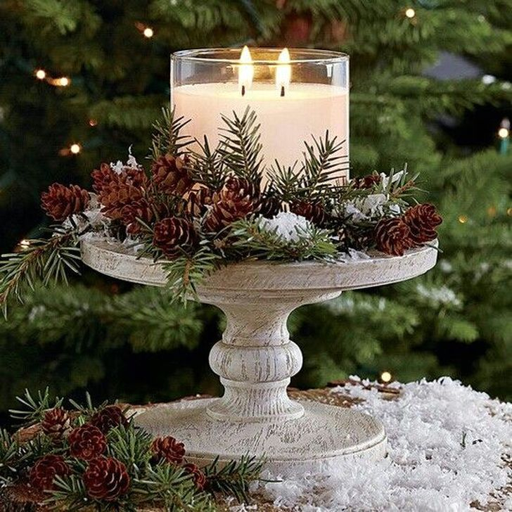 Eye Catching Kitchen Table Christmas Decoration Ideas 30