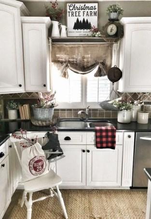Fabulous Kitchen Christmas Decoration Ideas 35