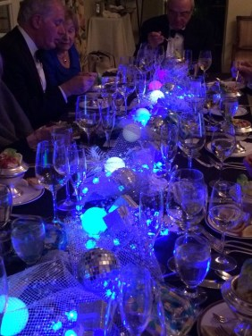 Fantastic New Years Eve Party Table Decoration Ideas 23